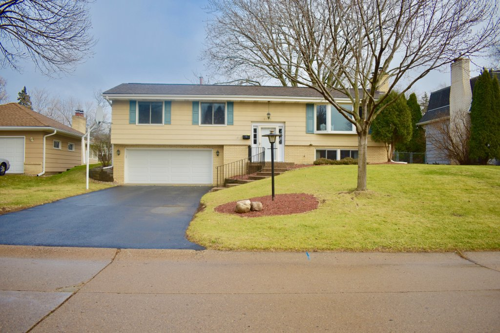 property_image - House for rent in Edina, MN